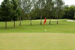 路线标志高尔夫球红色 免版税库存照片
