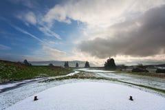路线高尔夫球多雪的发球区域 免版税库存照片