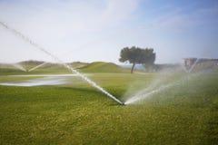 路线高尔夫球浇灌 图库摄影