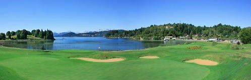 路线高尔夫球湖 库存照片