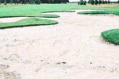 路线高尔夫球砂槽 库存图片