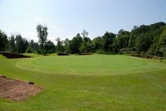 路线高尔夫球绿色 免版税库存照片