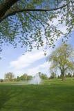 路线高尔夫球风景视图 免版税图库摄影