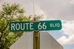 路线66大道标志 库存照片