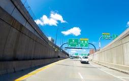 路线93对Storrow驱动,波士顿,麻省的N 免版税库存照片