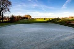 路线冻结的高尔夫球 免版税库存图片
