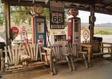 路线66,亚利桑那,美国的装饰 库存图片