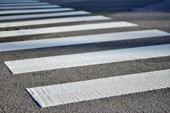 路行人穿越道 免版税图库摄影
