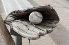路过的棒球时间 库存照片