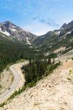 路通过小瀑布山华盛顿 库存照片