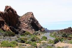 路通过el teide国家公园 库存图片