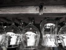 路酒吧-玻璃杯子 免版税图库摄影