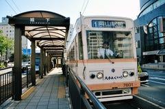 路面电车在冈山(日本) 免版税图库摄影