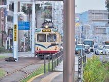 路面电车在高知,日本 库存图片