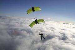 跳伞 免版税库存图片