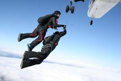 跳平面跳伞运动员二 库存图片