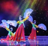 跳开舞蹈---韩国舞蹈 库存照片