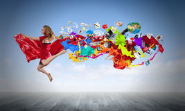 跳的妇女 免版税库存图片