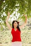 跳舞佛拉明柯舞曲的舞蹈家户外 免版税库存图片