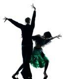 跳舞剪影的典雅的夫妇舞蹈家 免版税库存照片