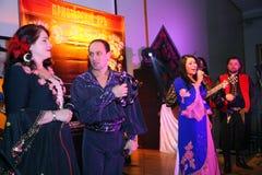 跳舞和声音吉普赛带Yar Priozersk表现  免版税库存照片
