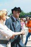 跳舞在历史服装的人画象  免版税库存图片
