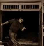 跳舞在Klima芦粟的一个人传统Zeibekiko舞蹈,希腊 免版税库存图片