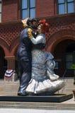 跳舞夫妇雕象 免版税库存图片