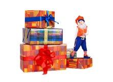 跳舞滑稽的礼品地精的配件箱一点 库存图片