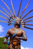 跳舞的印地安雕象我 库存图片