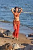 跳舞的礼服印地安人妇女 免版税图库摄影