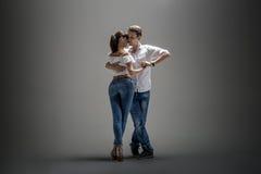 跳舞社会danse的夫妇 图库摄影