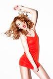 跳舞红头发人唱歌活泼 免版税库存照片