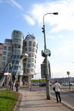 跳舞议院在布拉格 免版税库存图片