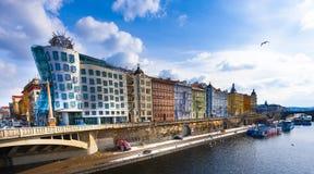 跳舞议院,布拉格 免版税库存照片