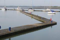 跳船在Malahide小游艇船坞都伯林爱尔兰 免版税库存照片
