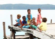 跳船的孩子 免版税库存照片