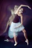 跳芭蕾舞者行动 库存照片