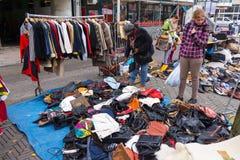 跳蚤市场Waterlooplein在阿姆斯特丹 免版税图库摄影