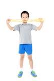 绳索跳跃的男孩 图库摄影