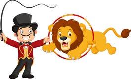 跳跃通过圆环的动画片狮子 免版税库存照片