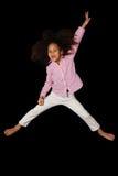 画象年轻非裔美国人女孩跳跃 库存图片