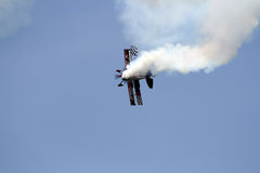 跳Stewert Areobatic双翼飞机 免版税库存照片