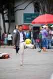 踢足球 图库摄影