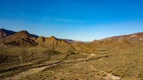 踢马刺十字架大农场地方公园鸟瞰图在洞小河,亚利桑那附近的 免版税库存图片