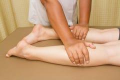 身体和行程按摩疗法 免版税库存照片