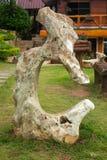 身分石头在庭院,泰国里 库存图片