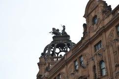 身材在一个剧院顶部在伦敦 库存照片