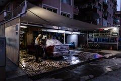 洗车晚上 库存照片