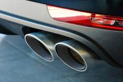 车的排气管 库存图片